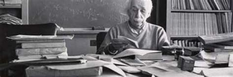 scrivania einstein quella lettera di einstein in italiano all asta per