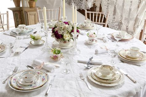 Vintage Wedding Table Decor by Styling A Vintage Wedding Part 2