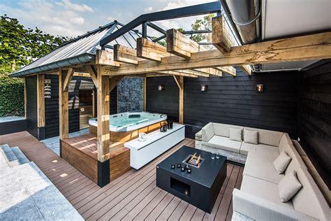 luxury outdoor design backyard garden with amazing glass swimming pool