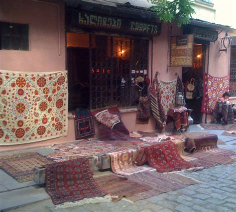 about shopping traditional carpets and rugs about