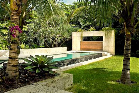 tropical backyard ideas modern tropical landscape design backyard design ideas