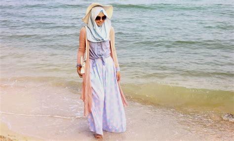 Baju Untuk Ke Pantai rekomendasi fashion baju pantai wanita tanpa perlu memakai pakaian bacaterusnet