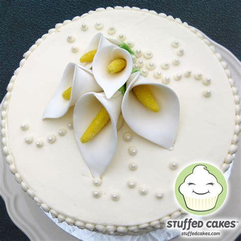 Stuffed Cakes: Calla Lily Wedding Cake
