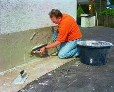putz reparieren innen sanierputz feuchte wand trocknen w 228 nde mauern
