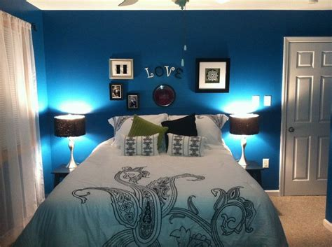 Peacock Blue Bedroom | peacock blue bedroom bedroom design pinterest
