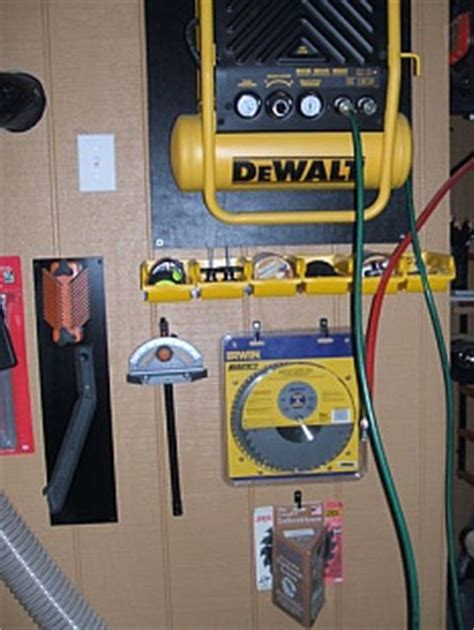 wall mounted air compressor