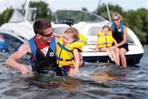 boat safety for infants boating with kids know these top safety tips