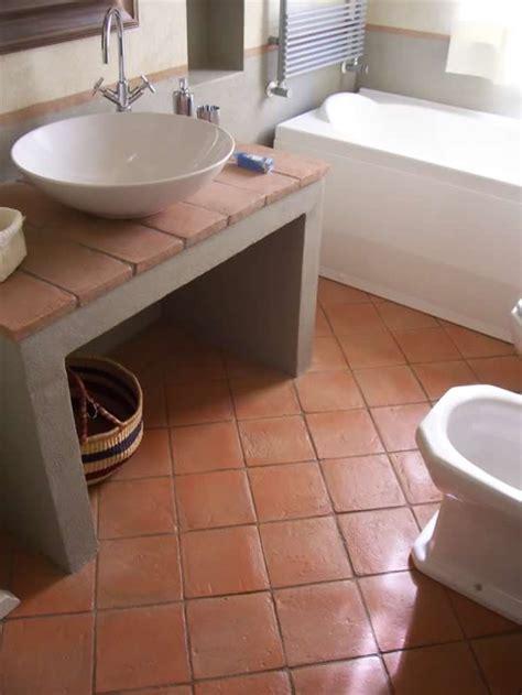 red bricks bathroom floor tiles design  pakistan pak