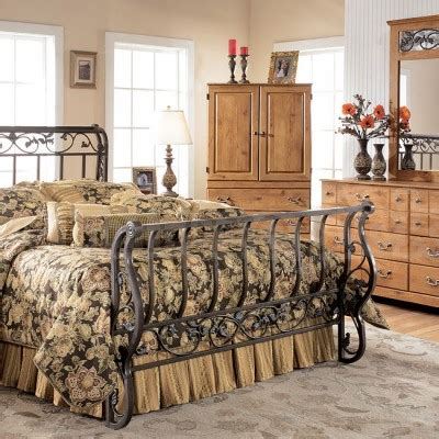 Metal Sleigh Bed How To Determine Age Of An Antique Metal Bed Frame Metal Bed Frame