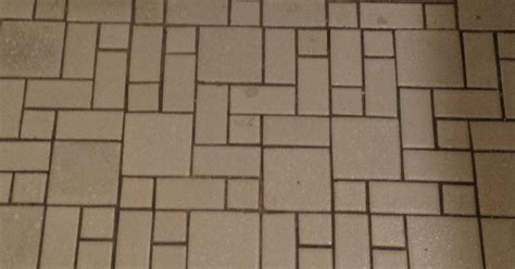 anyone paint an entire tile floor with grout renew
