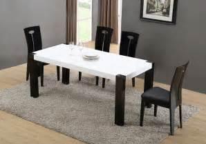 Superbe Table Chaises De Jardin #5: table-blanche-chaise-noir-klipse.jpg