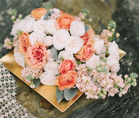 Wedding Bouquet October by 26 Fresh And Charming Flowers In Season In October