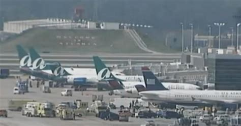 atlanta airport smoking section atlanta airport electrical explosion prompts concourse