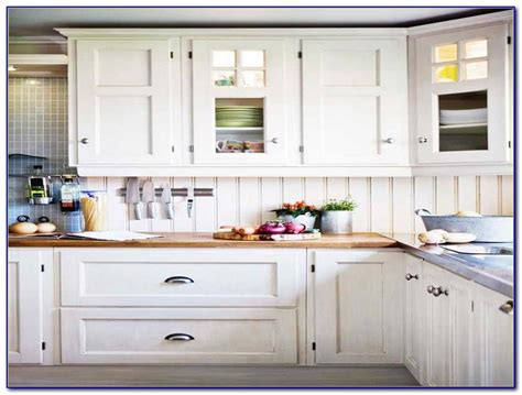 kitchen cabinet hardware ideas pulls or knobs