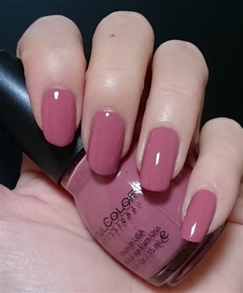 sinful colors vacation time sinful colors 264 vacation time 2 coats seche top coat