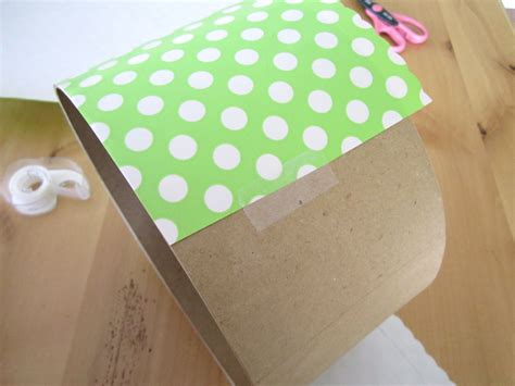 How To Make A Box Out Of Wrapping Paper - diy hat box cupcake tower tutorial a blissful nest