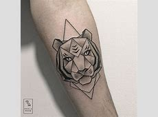 Tattoos Elegantly Combine Delicate Natural Subjects with ... Naturalistic Design Drawing