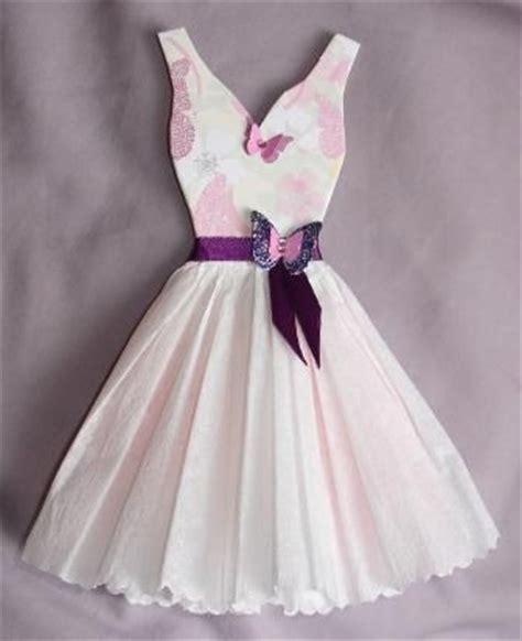 dress pattern tissue paper best 25 paper dresses ideas on pinterest paper clothes