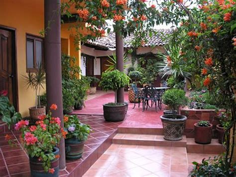 love the idea of a courtyard mexican home exteriors pinterest