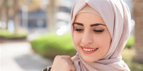 membuat blog lebih cantik berhijab lebih cantik dengan tips makeup ini blog