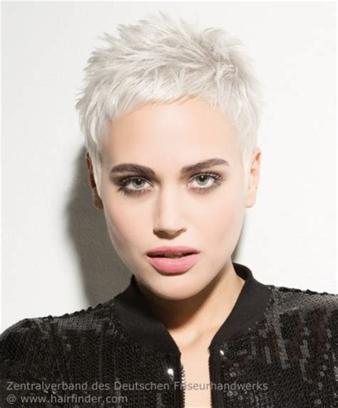 how to style super short blond hair blonde pixie with spikes