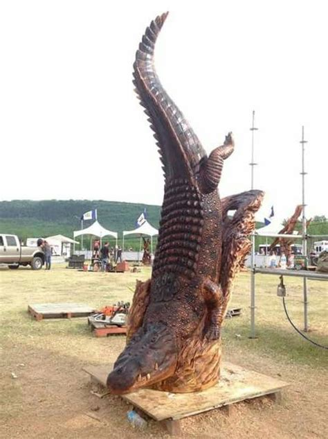 alligator images wood carving art chainsaw wood