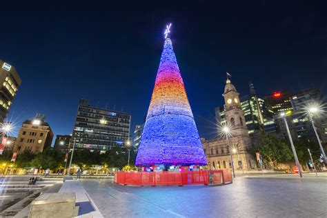 adelaide city christmas tree lighting
