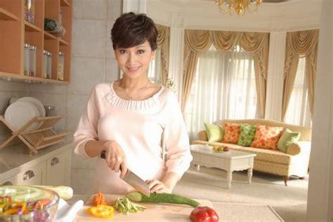 hong kong actress zhao ya zhi angie chiu shoots new ad china org cn