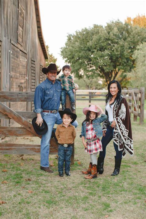 merry christmas yall western family   texas dream focus studio dallas texas