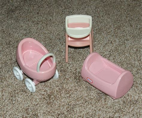 little tikes doll house furniture 25 best little tikes dollhouse images on pinterest doll