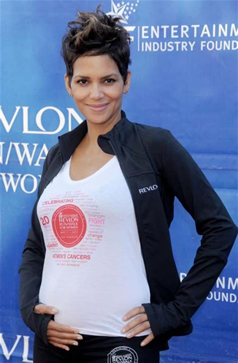 Halle Berry Sporting Baby Bump On Instyle Magazine by Halle Berry Cradles Bump During Walk With Nahla