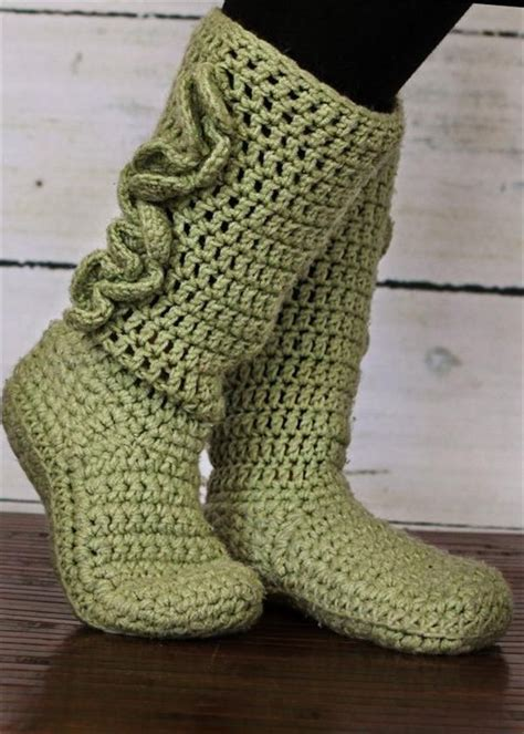 diy bed socks top 25 ideas about crochet bed socks shoes on