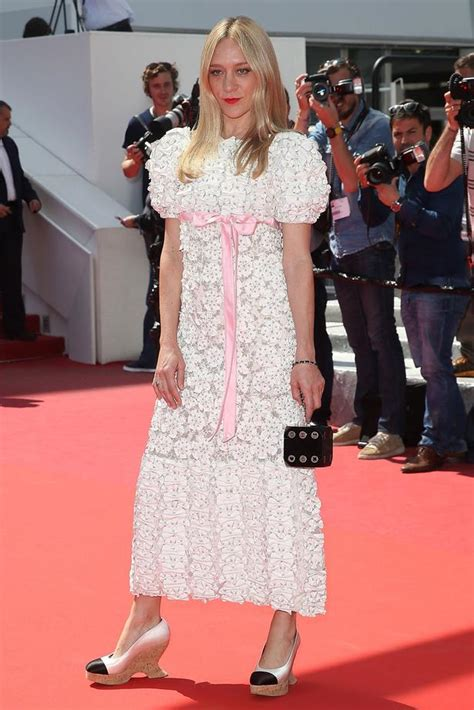Sevigny Looking As Usual In Cannes by Looks Of The Week 20 05 16 Viva