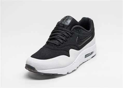 nike air max  ultra moire black black white