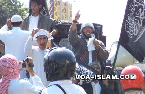 pembuat film hina nabi masuk islam voice of al islam pembuat lks miyabi yang beredar di