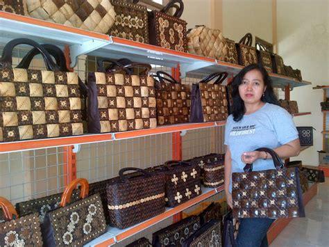 Jual Batok Kelapa Jawa Timur kreatif wanita ini berpenghasilan puluhan juta dari tas