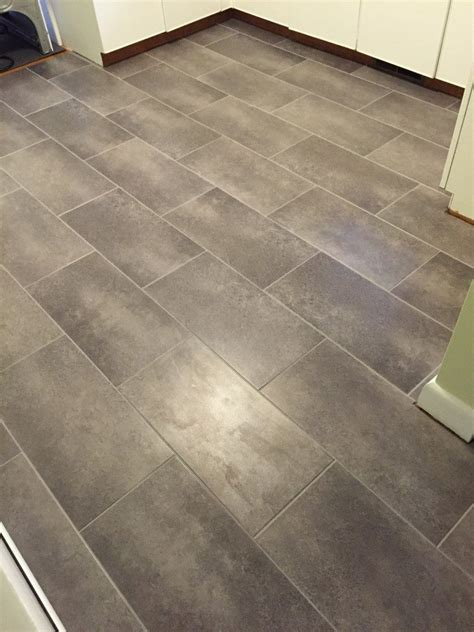 Peel And Stick Vinyl Flooring by Installing Peel And Stick Vinyl Tile For Realists Vinyl