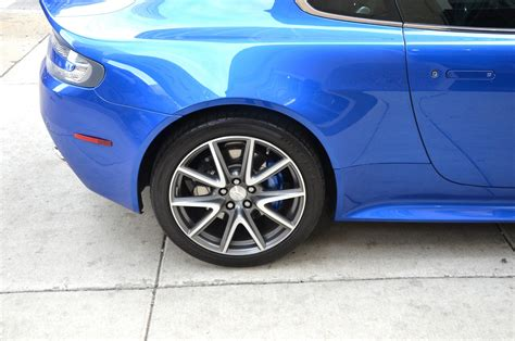 service manual brake change on a 2011 aston martin db9 used db9 coupe 470bhp for sale what service manual how to replace rotors 2011 aston martin v8