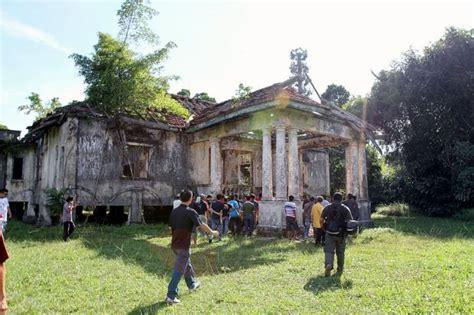 download film malaysia villa nabila update missing teen at villa nabila has been found