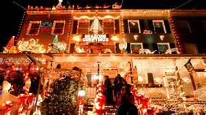 Cool christmas light displays randumbuzz com