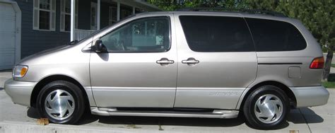 toyota sienna europe 2000 toyota sienna pictures information and specs