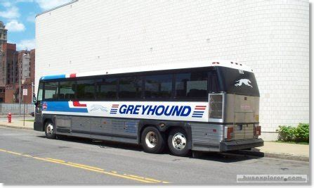 greyhound bus comfort the comfort of traveling in a greyhound bus getbustickets
