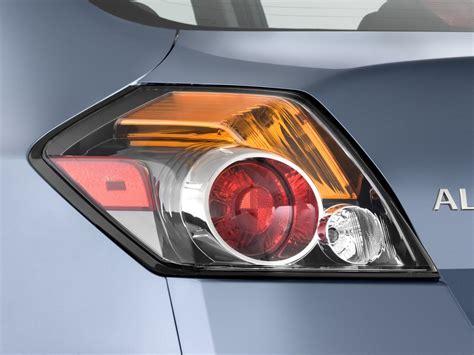 2007 nissan murano tail light image 2010 nissan altima 4 door sedan i4 ecvt hybrid tail