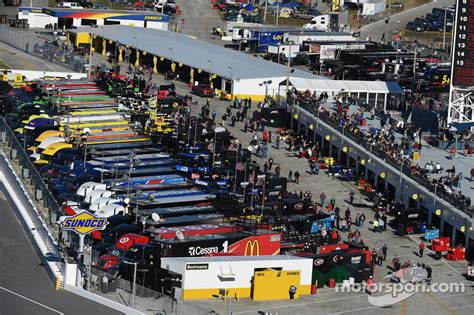 Nascar Garage by The Nascar Cup Garage At Daytona