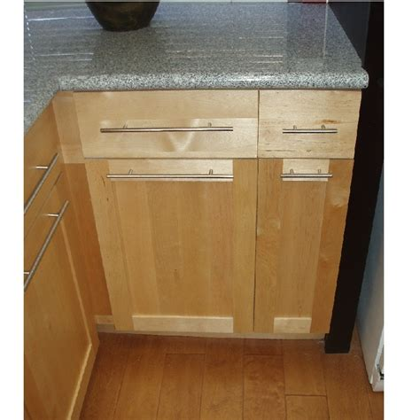 birch kitchen cabinets birch shaker cabinets www imgkid com the image kid has it