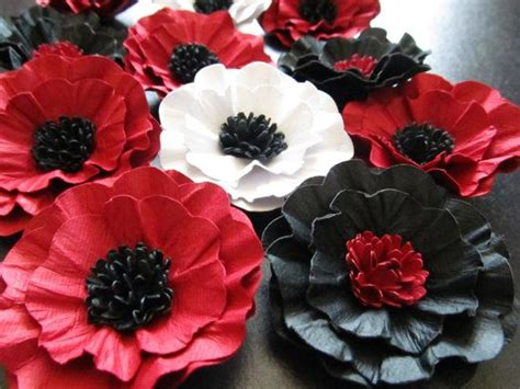 what color is poppy paper poppy flowers poppy pantone color of the year