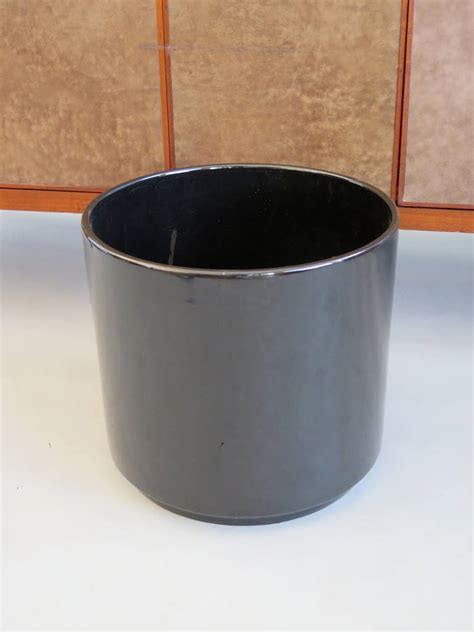 Black Ceramic Planters Pair Of Gainey Pottery Shiny Black Ceramic Planters