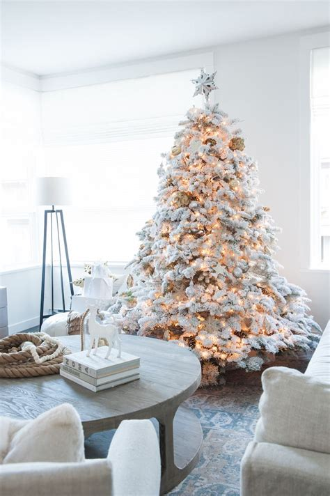 25 best ideas about flocked christmas trees on pinterest