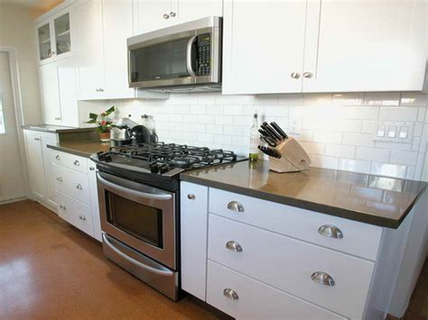 Backsplash For Kitchen With White Cabinet by White Kitchen Backsplash Ideas Homesfeed