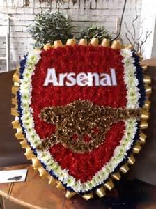 Unusual Vase Arsenal Badge Funky Flowers West Drayton Greater London